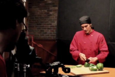 What Happens When A Cordon Bleu Trained Chef Tries Shakey's Pepperoni Pizza?