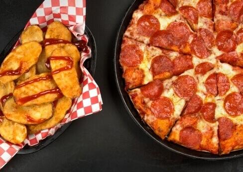 Pizza & Mojos