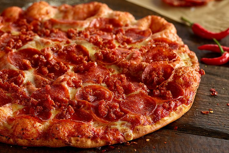 Shakeys Spicy Pepperoni Pizza